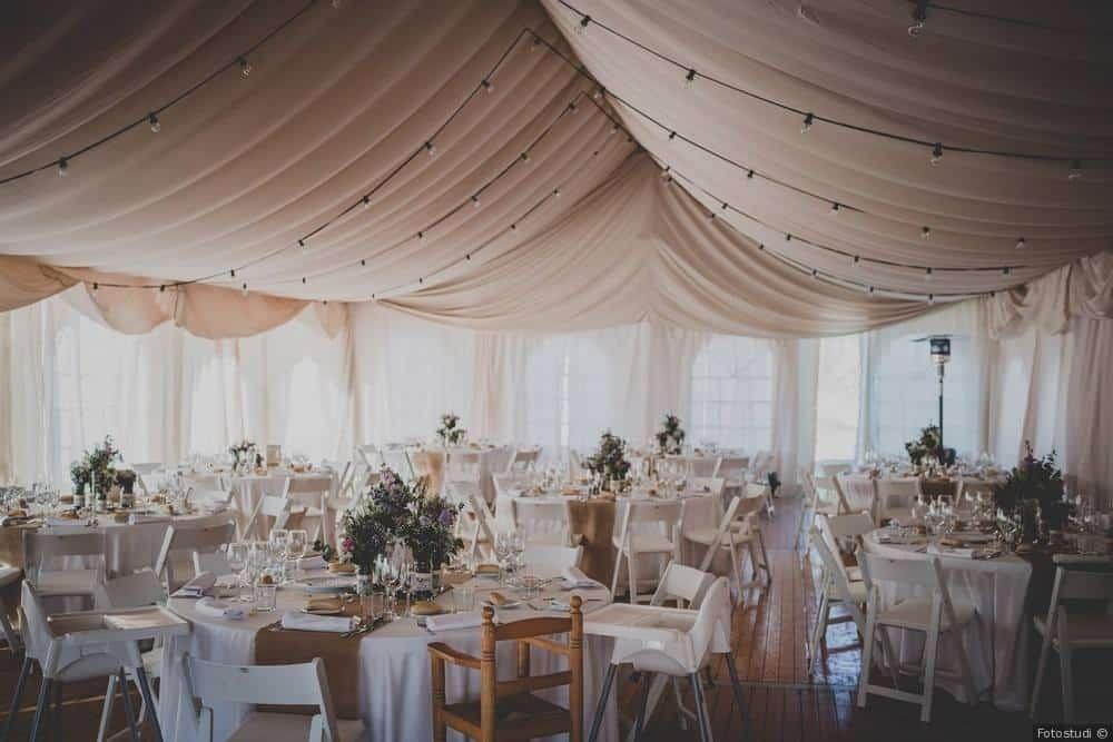 Alquiler de carpas maestrat servicio integral para for Alquiler decoracion bodas